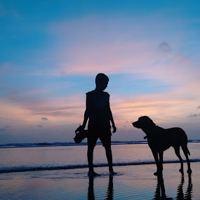 Sunset with your pet by Gayatri Pimple - Babies & Children Children Candids ( blue sky, sky line, friendship, beauty, kid, sunsets, boy, sea, beaches, seascape, children, pet, sky, waves, blue skies, nature, beauty in nature, water, friends, sand, blue, beach, sunset, animal, evening, dog, child )