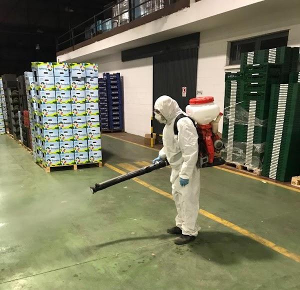 Desinfectando en COPISI.