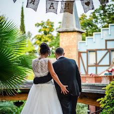 Wedding photographer Carlos Candon (Studio58). Photo of 03.02.2017