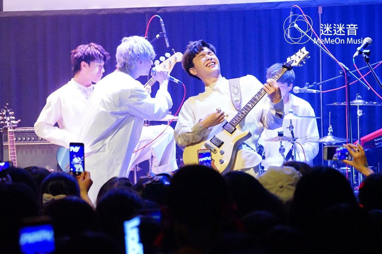 【迷迷現場】noovy 吉他手Hank退團最後演出 「你們就像我們noovy的太陽!」