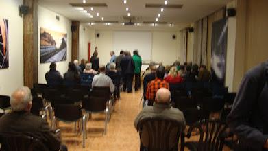 Photo: Sala de conferencias.