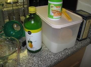 Put figs, 1/2 cup sugar, pectin, water and lemon juice in a pan. ...