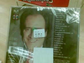 Photo: Lo reconozco, me gusta Manolo Escobar y ademas compro CDs originales, lo siento :-P