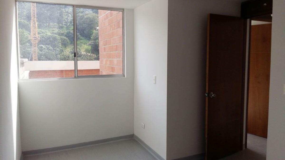 apartamento en arriendo la madera 679-20721