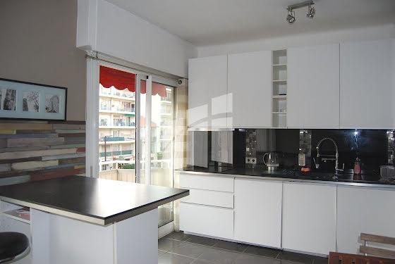 Location appartement meublé 3 pièces 51,6 m2