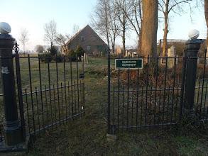 Photo: Ingang Oude Begraafplaats