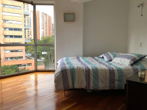 apartamento en venta poblado 585-24843