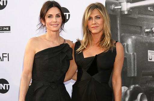 Courteney Cox, Jennifer Aniston Feuding Behind The Scenes Of 'Friends' Reunion?