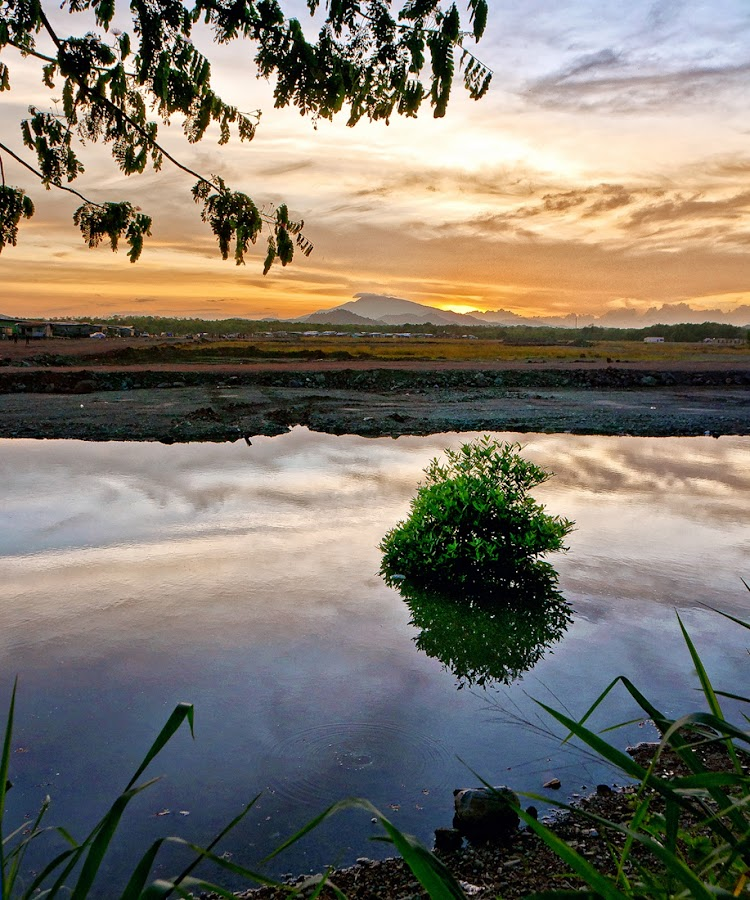 A sunset view of Lahad Datu, Sabah by Mohd Shapuan Yusop - Landscapes Mountains & Hills