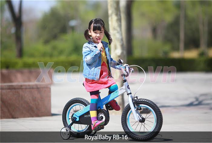 xe đạp cho bé royababy