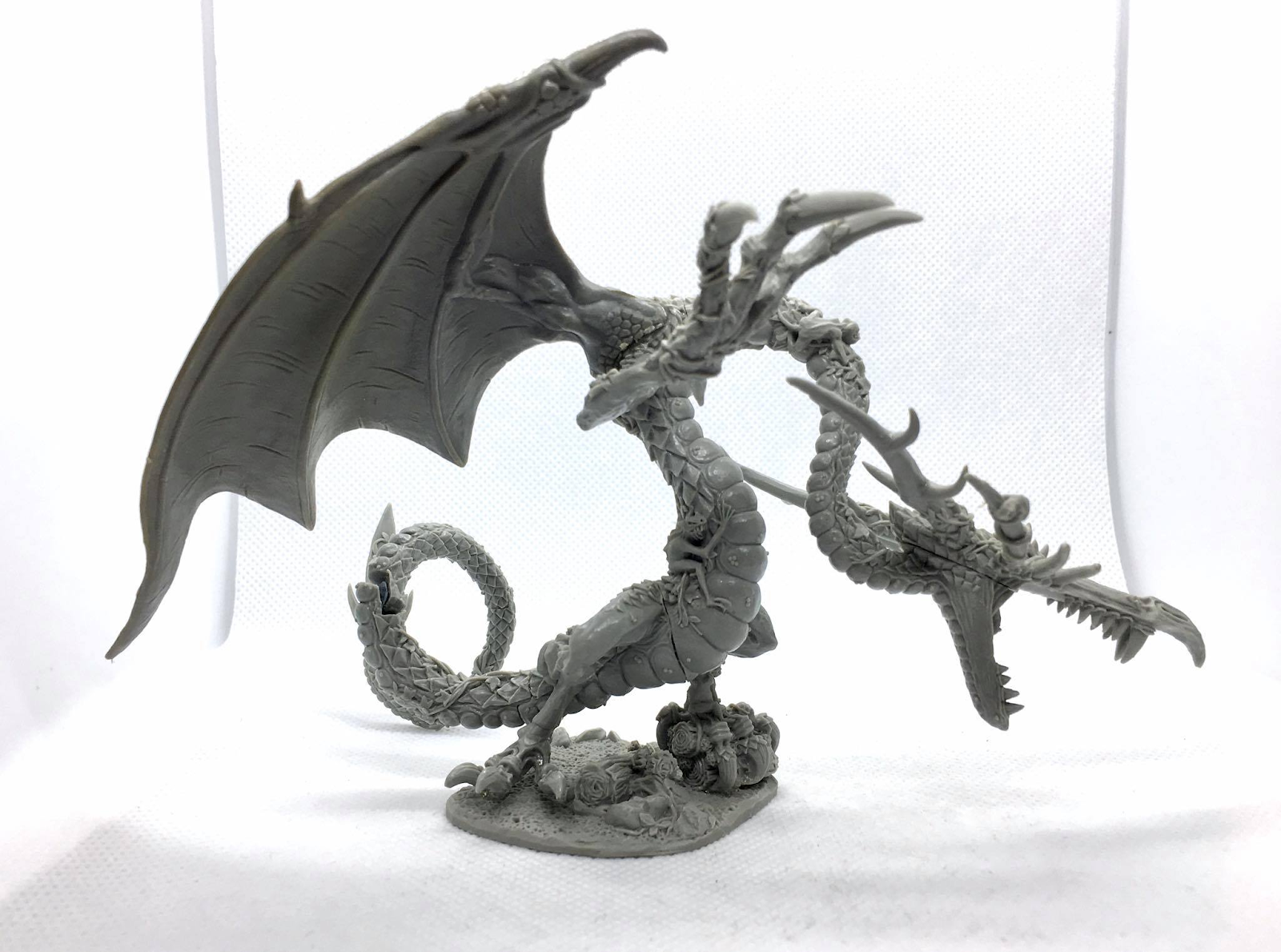 A dragon miniature sculpted by Trish Carden