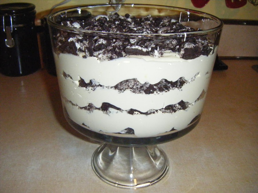 Oreo Dirt Cake Low Calorie Recipe Just A Pinch Recipes