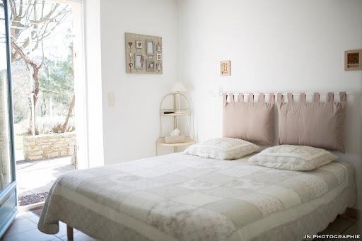 Chambres d'hôtes l'Esclériade en Provence au pied du Mont Ventoux proche de Vaison-la-Romaine, chambre Garrigue