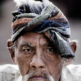 North Borneo Man 2 by Naising Bega - People Portraits of Men ( old man portrait, a man from sabah, street candid portrait )