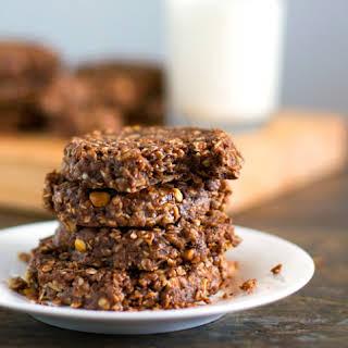 {No Bake} Dark Chocolate Snickers Cookies.
