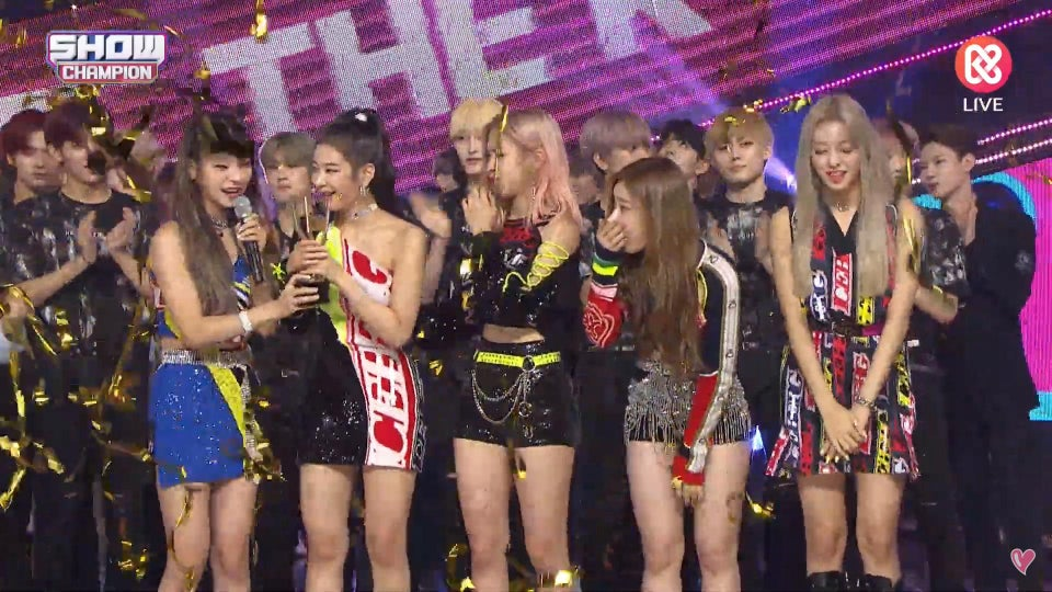 ITZY Icy 1st music show win