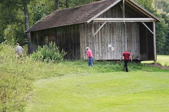 Photo: ... denn er hat Grund zum Suchen. Was beim Zählspiel besonders ärgerlich ist. Helfer: Uli Klingler und Roman Husz.