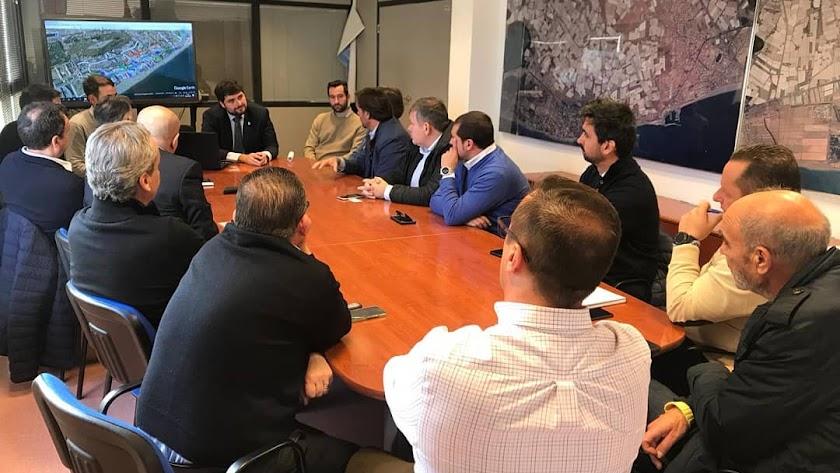 En los últimos meses han tenido lugar varia reuniones con representantes vecinales para abordar la ordenanza.