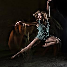 Light in Motion by Scott Myler - People Portraits of Women