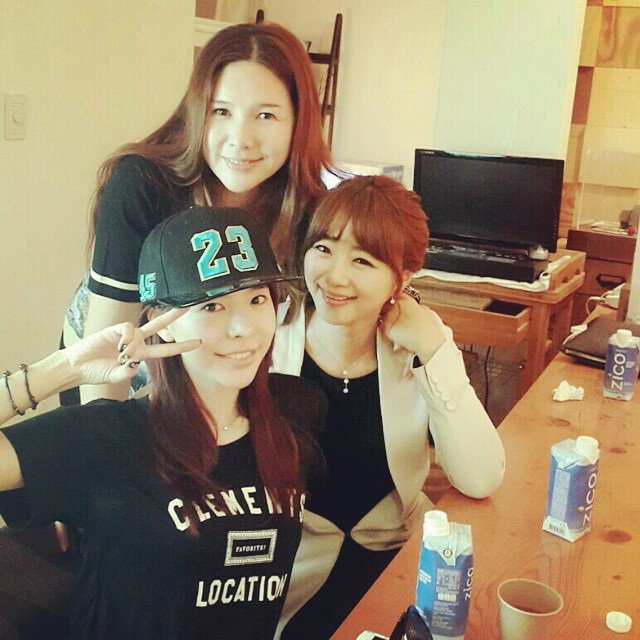 sunny and sisters