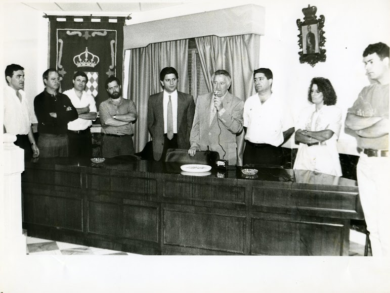 Recepción en el ayuntamiento de Macael a un equipo de Segunda B.