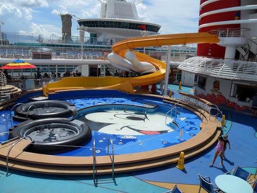Disney-Wonder-kiddie-pool - The children's pool on Disney Wonder.