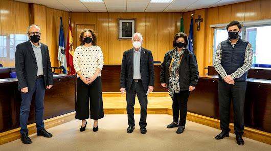 Participantes en la firma del acuerdo en Roquetas de Mar.