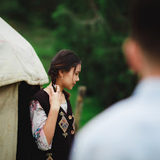 Wedding photographer Nurbek Akhunbaev (Onlineprofi). Photo of 15.06.2018