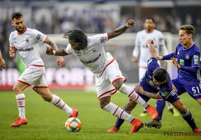 """Dieumerci Mbokani confirme : """"Anderlecht avait contacté mon manager"""""""