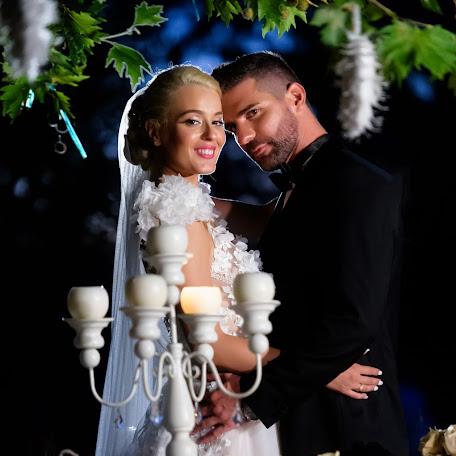 Wedding photographer Kostas Sinis (sinis). Photo of 04.12.2017