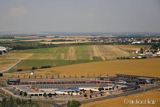 Photo: Finalen til bane 05L på Letnany Airport (LKLT).