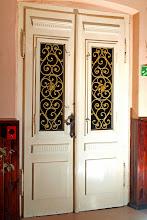 Photo: Drzwi wejściowe od środka.Zdjęcie: S. Kamczyk.