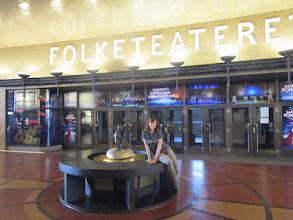 Photo: V tomhle divadle se natáčí I kveld med Ylvis LIVE
