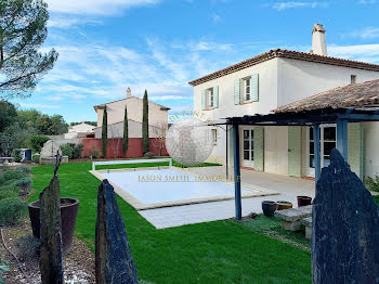 villa à Mallemort (13)