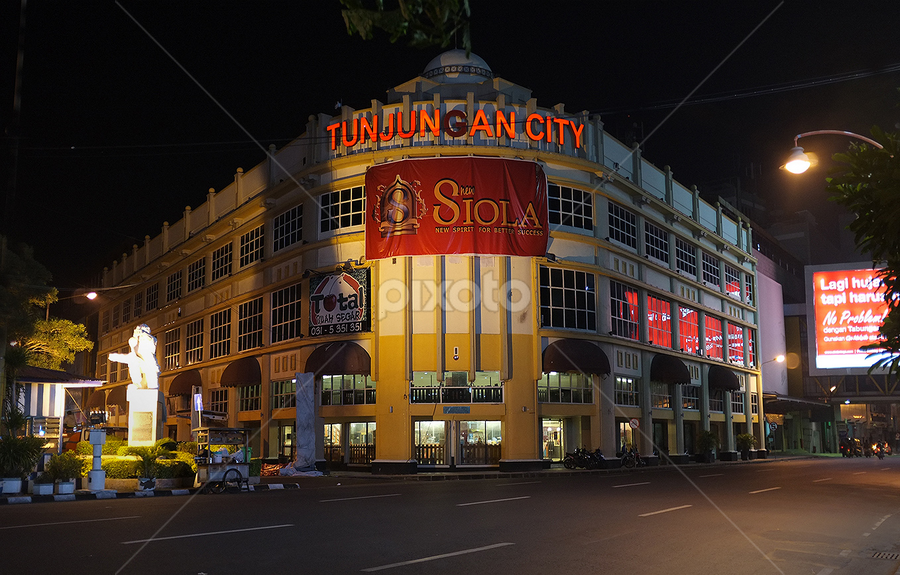 Siola - Surabaya by Herry Wibowo - Buildings & Architecture Public & Historical