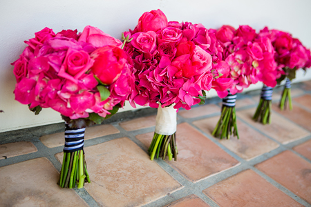 Wedding flowers 2015 trends peonies english roses hydrangeas dahlias and ranunculus continue to be go to blooms for brides they are versatile and romantic with a punch of dramatic mightylinksfo Gallery