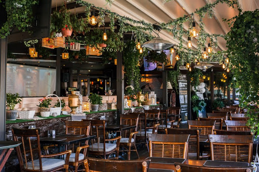 Летняя веранда в ресторане Гамбринус на Площади Ильича для свадьбы 2