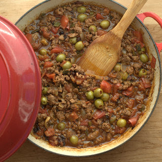 Picadillo (Cuban Ground Beef Skillet Supper)