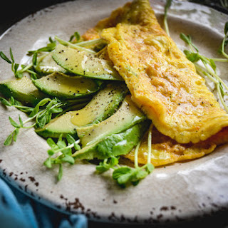 3 Ingredient Avocado and Greens Omelette Recipe