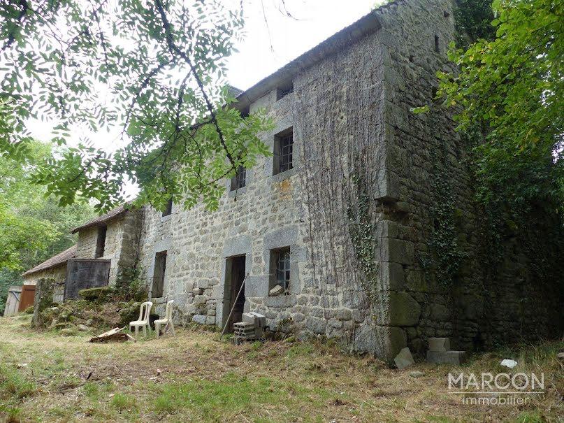 Vente propriété 5 pièces 130 m² à Aubusson (23200), 44 000 €