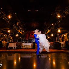 Wedding photographer Vladimir Bortnikov (Quatro). Photo of 22.10.2015