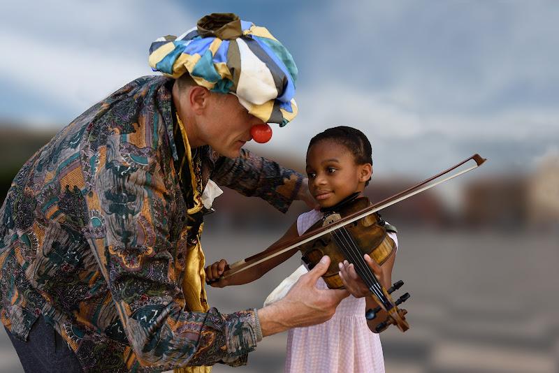 L'aspirante violinista  di Giancarlo Lava