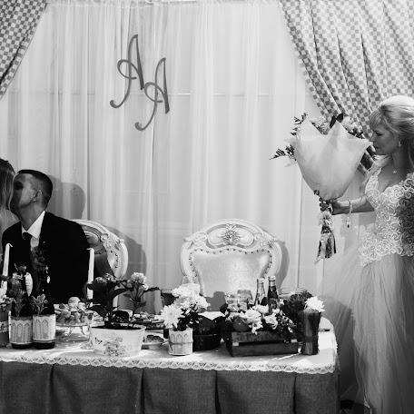Wedding photographer Anton Sidorenko (sidorenko). Photo of 08.02.2018