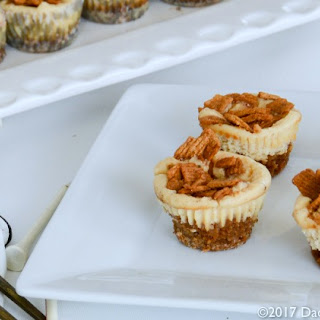 Golden Grahams Mini Cheesecake Tarts.
