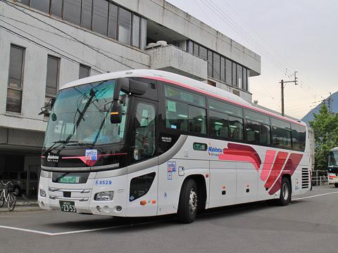 西鉄高速バス「ゆふいん号」 8529 由布院駅前バスセンター到着 その2
