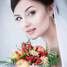 Wedding photographer Nadezhda Surkova (Nadezhda90). Photo of 17.12.2015