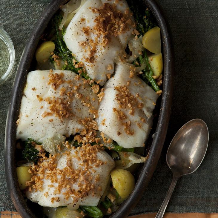 Cod with Onions, Garlic, Potatoes, and Broccolini (Bacalhau à Lagareira)