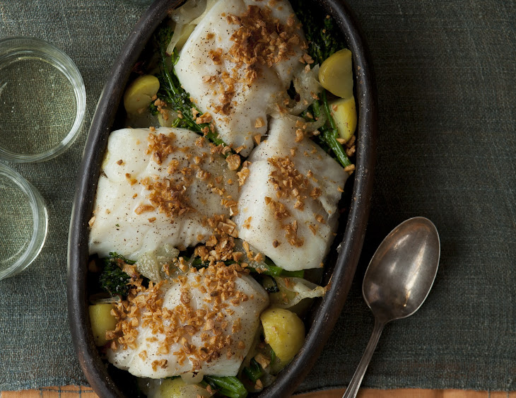 Cod with Onions, Garlic, Potatoes, and Broccolini (Bacalhau à Lagareira) Recipe