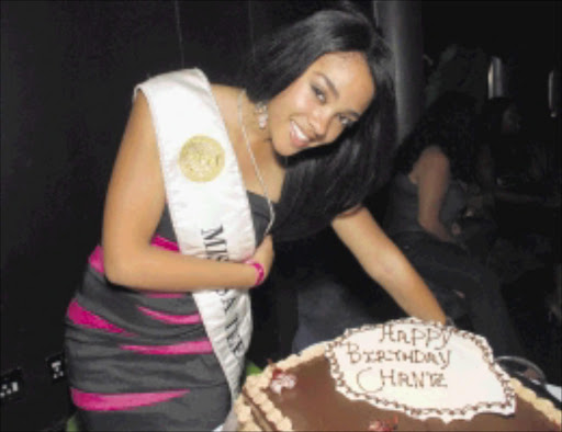 celebrative mood: Miss SA Teen 2009 Chante Janjties during her 17th birthday celebrations at Club Chirp at the Sun City Resort, North West. Pic. Eddie Mtsweni. 11/04/2010. © Unknown  Miss SA Teen 2009 Chante Janjties at her 17th birthday celebration at Club Chirp in Sun City Resort,North-West. (Photo:Eddie Mtsweni)