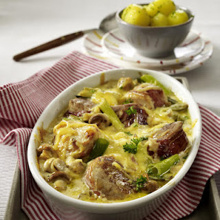 Pork and Turkey in Creamy-Pepper Sauce